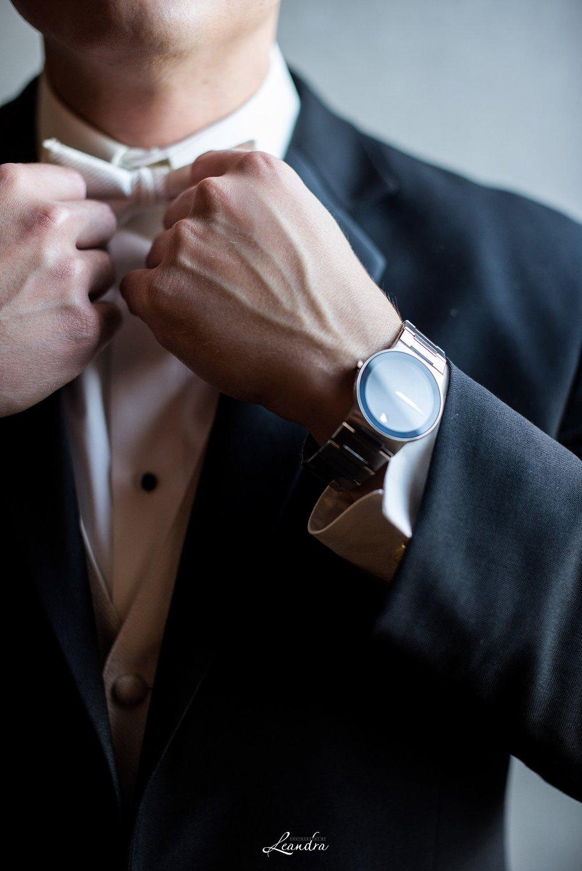 The Park Savoy Estate Wedding Groom tying a bowtie | New Jersey Wedding Photographer
