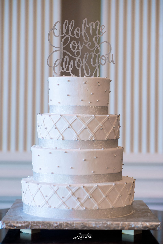 The Park Savoy Estate Wedding Cake| New Jersey Wedding Photographer