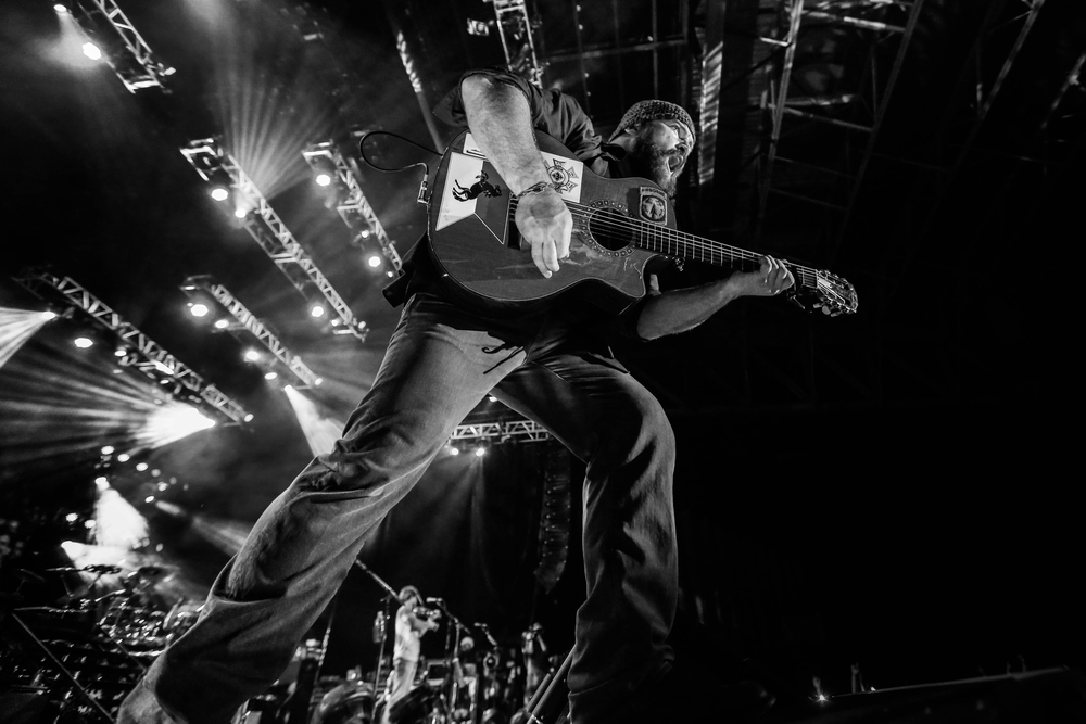 2_andy-sapp-10-best-tour-photos-2013-zac-brown.jpg