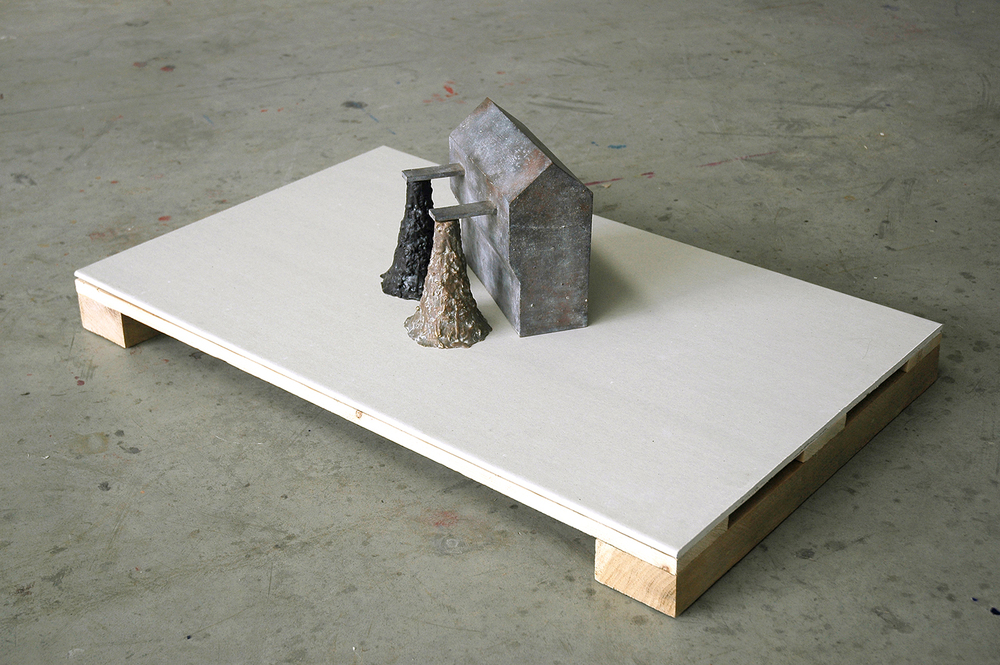 Source , 2007, 60 x 95 x 30,5 cm, bronze, wax, plasterboard, wood