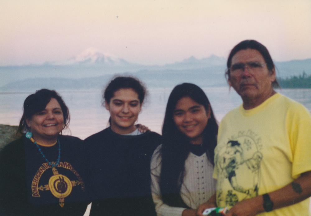 (L_R) Janet McCloud's daughter Beanah, Jessica, Saiko & Dennis Banks