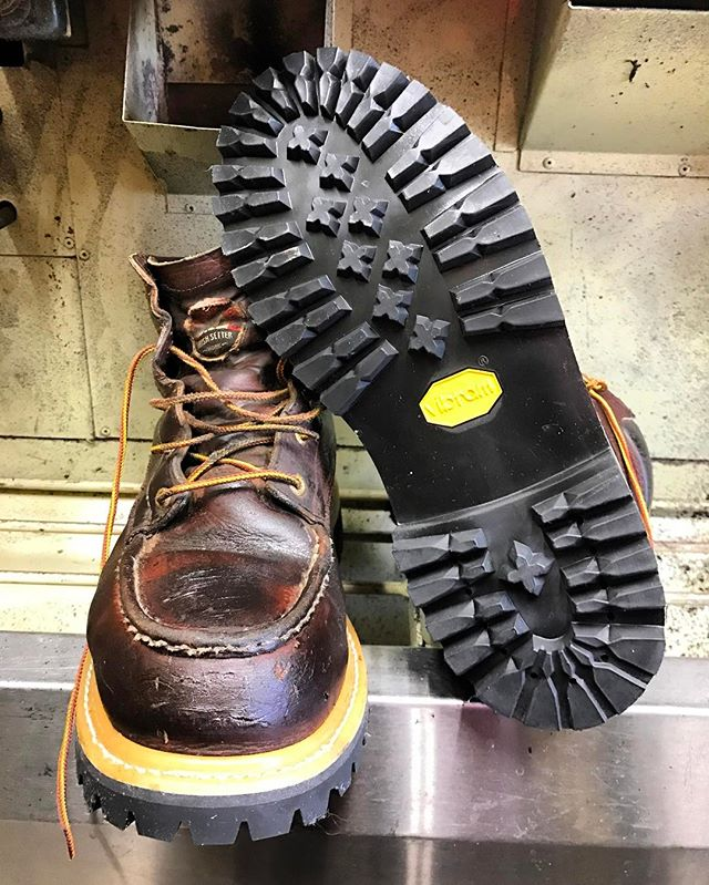 Red Wing Irish Setter Boots Style No. 83606 once had a wedge sole but we have converted them to a Vibram lug sole. ⚒ #redwingboots #vibram #sdcountyshoerepair #northcountyshoerepair #shoerepair #cobbler #shoplocal #smallbusiness #moderncobblery #sanmarcosca