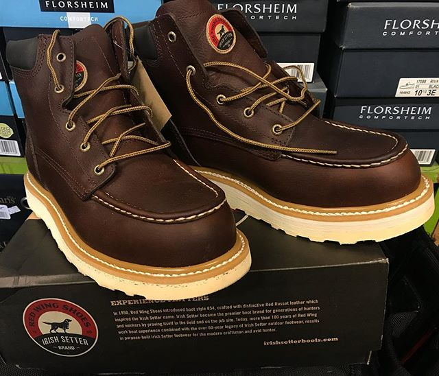 "I bet you couldn't even tell! But we did a 1/4"" orthopedic lift on the left boot of this pair of @redwingshoes Irish Setter Ashby 83606😀 🥾🛠👞#moderncobblery #redwingboots #irishsetter #shoerepair #orthopediclift #leatherrepair #northcountysandiego #sanmarcos #smallbusiness"