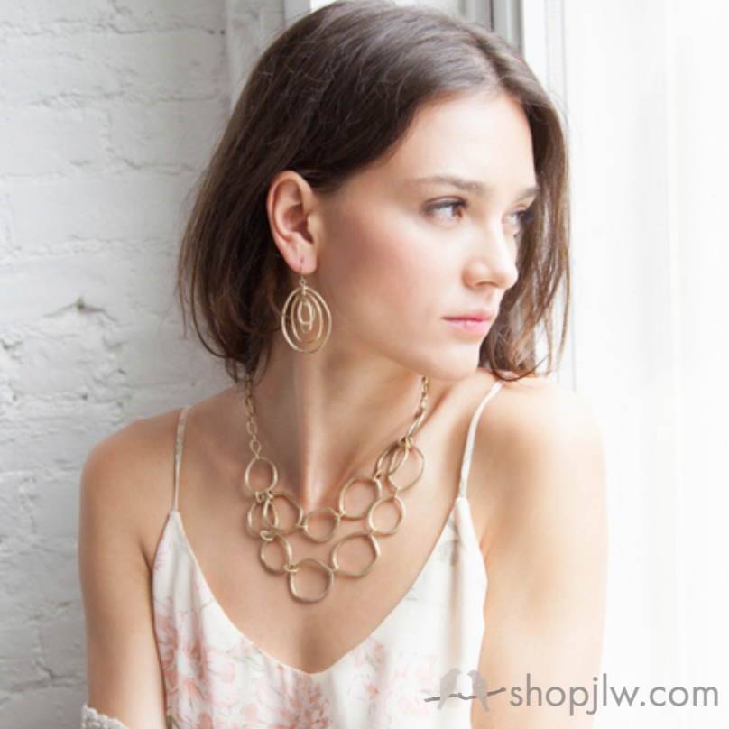 Modern Links Gold Jewelry Chloe+Isabel