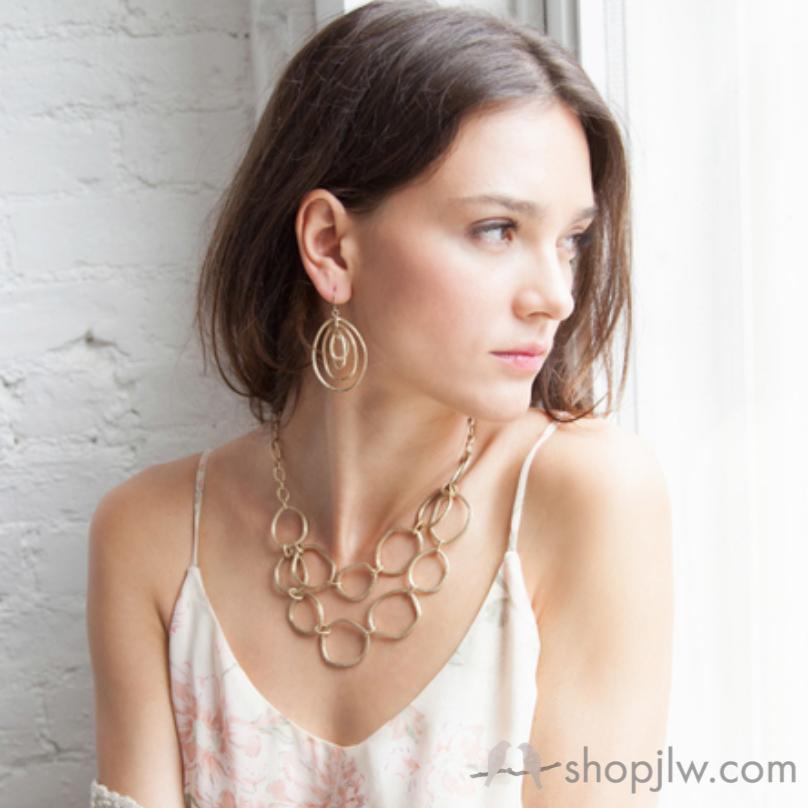 Modern Links Gold Jewelry Chloe+Isabel