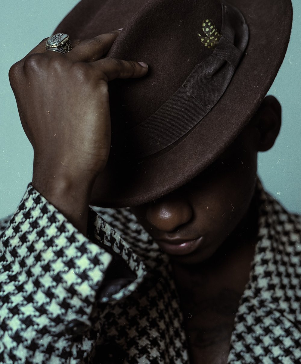LeonBridges26-2.jpg