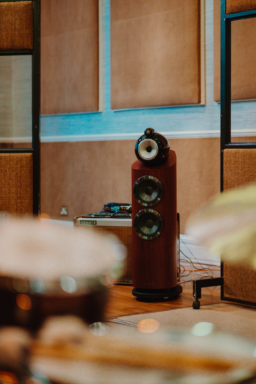 bowers and wilkins sessions   for burberry