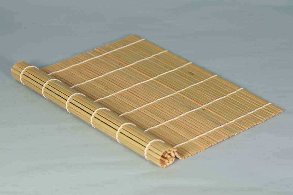 image source: http://www.yellowsunrise.co.uk/product.php/1312/76/sushi-mat-bamboo