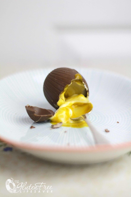 Ostekakefylte sjokoladeegg til påske -glutenfri!