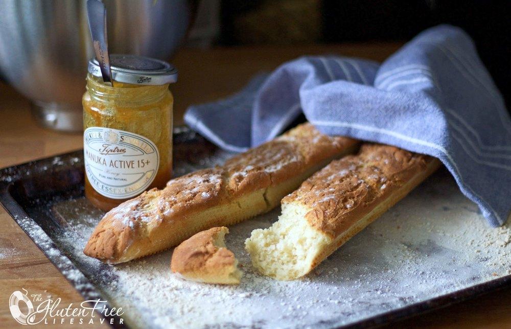 Herlige glutenfri franske baguetter med sprø skorpe