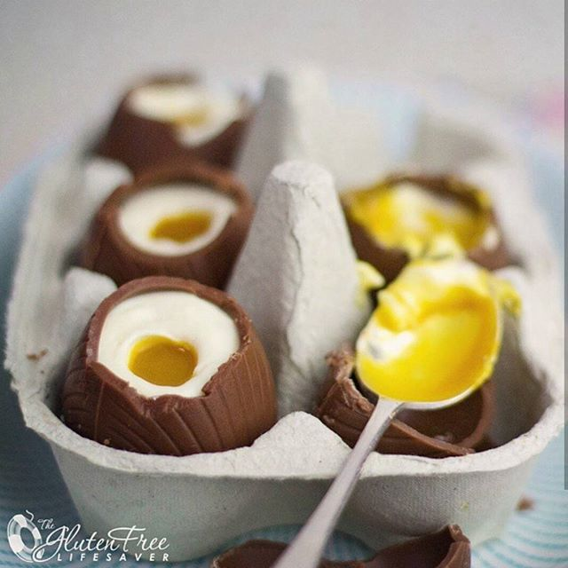 Happy Easter everyone 🐣🐣😊 . Visit the blog to get the recipe for these incredibly delicious gluten-free Cheese Cake Filled Chocolate Easter Eggs 😍😍 . Seriously the best treat EVER & really simple to make! ❤😊