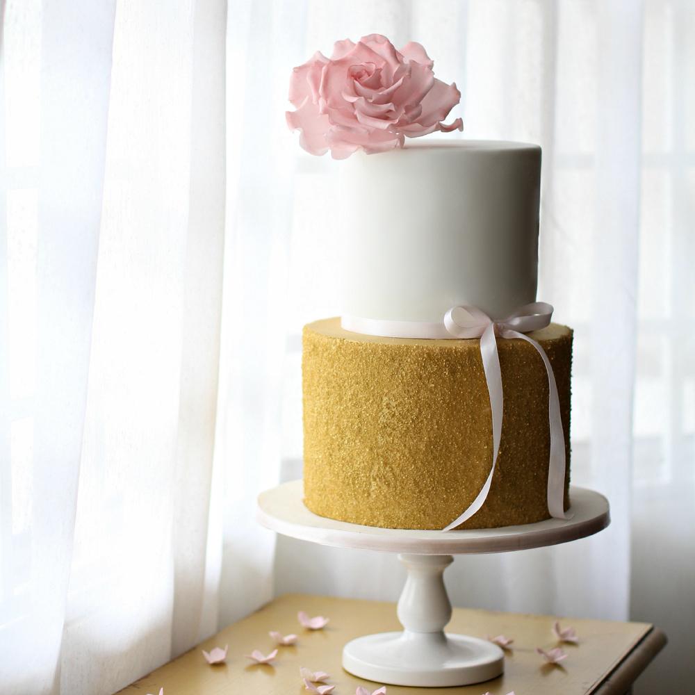 gold sparkle cake2.jpg