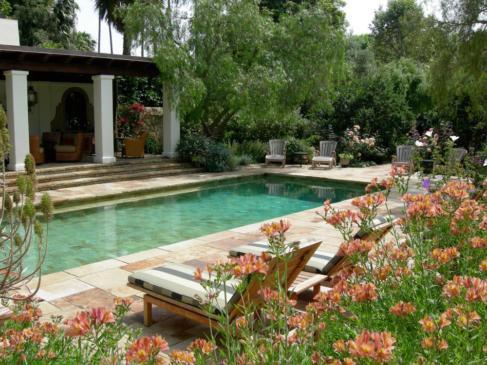 Image gallery italian gardens pool for Italian garden design