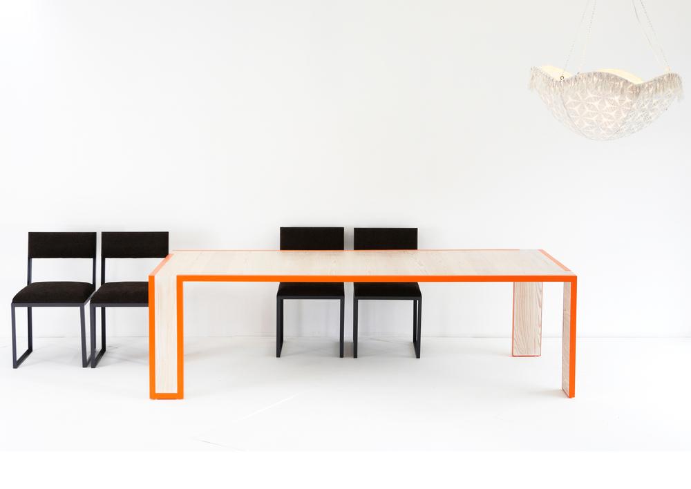 QUERCUS TABLE - ORANGE PINE