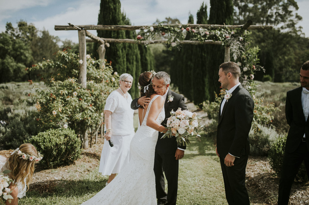Britney_Damien_Redleaf_Wollombi_Wedding_Blog-43.jpg
