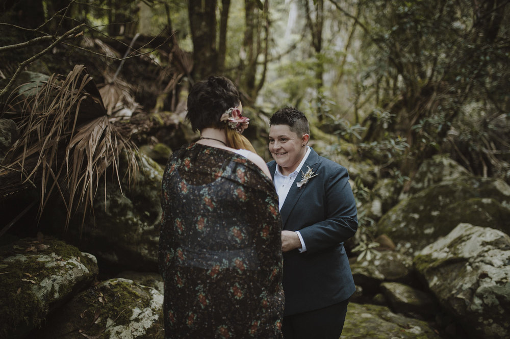Susan_Remi_Same_Sex_Elopement_Anteloping_Kangaroo_Valley_Blog-39.jpg