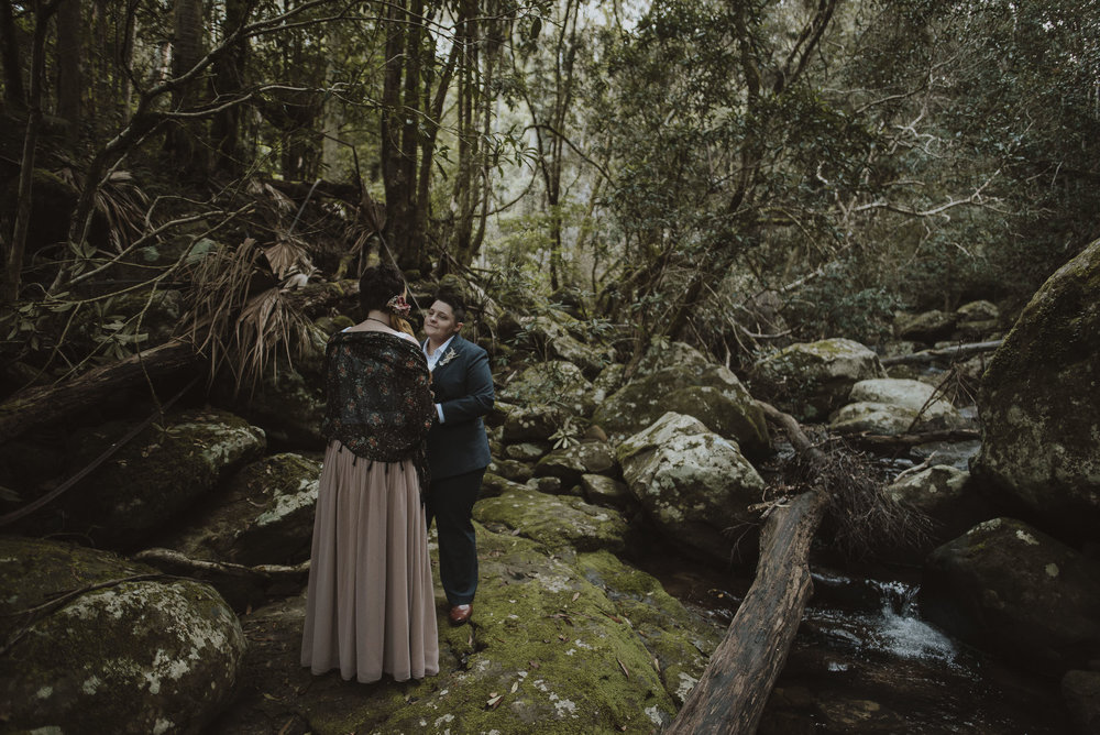 Susan_Remi_Same_Sex_Elopement_Anteloping_Kangaroo_Valley_Blog-44.jpg