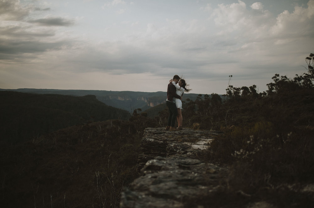 Caitlin_George_Blue_Mountains_Engagement_Shoot_Blog-24.jpg