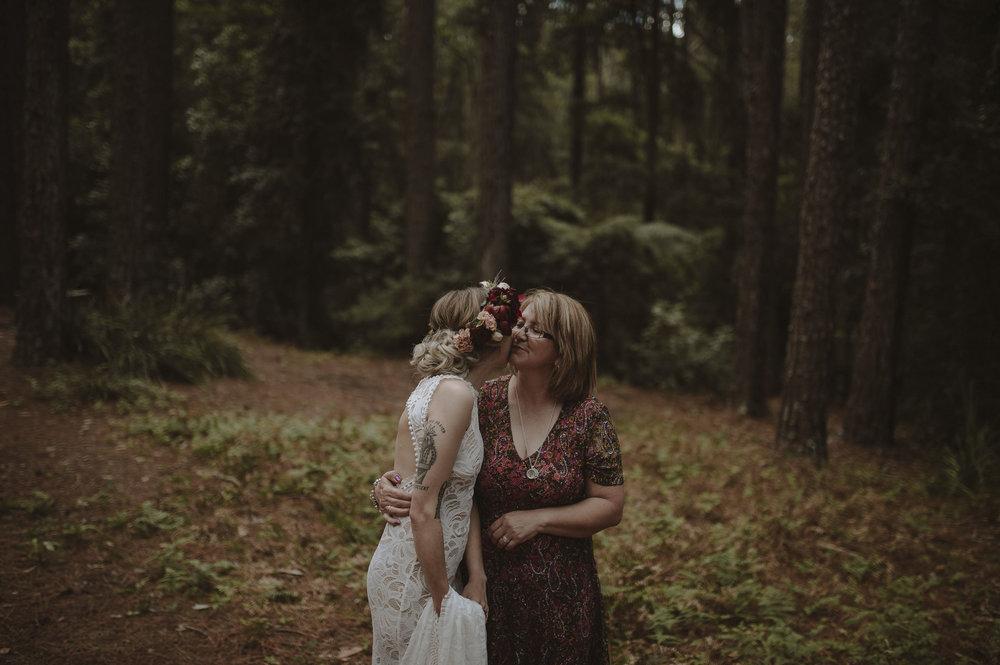 Hannah_Jamie_Watagens_Anteloping_Elopement_Blog-38.jpg