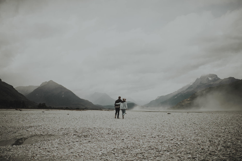 Katie_Hamish_Glenorchy_New_Zealand_Couple_Shoot-7.jpg