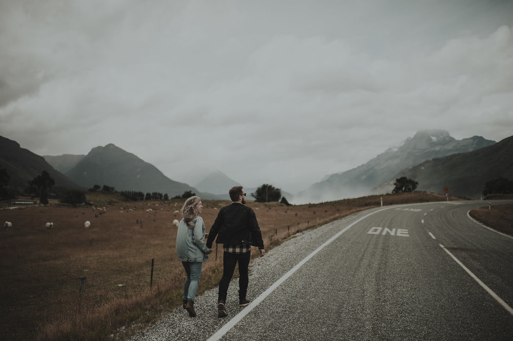 Katie_Hamish_Glenorchy_New_Zealand_Couple_Shoot-2.jpg