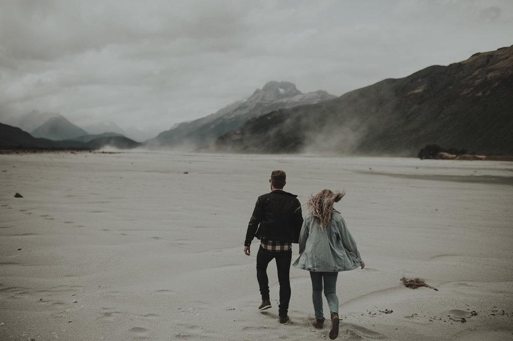 Katie_Hamish_Glenorchy_New_Zealand_Couple_Shoot-5.jpg