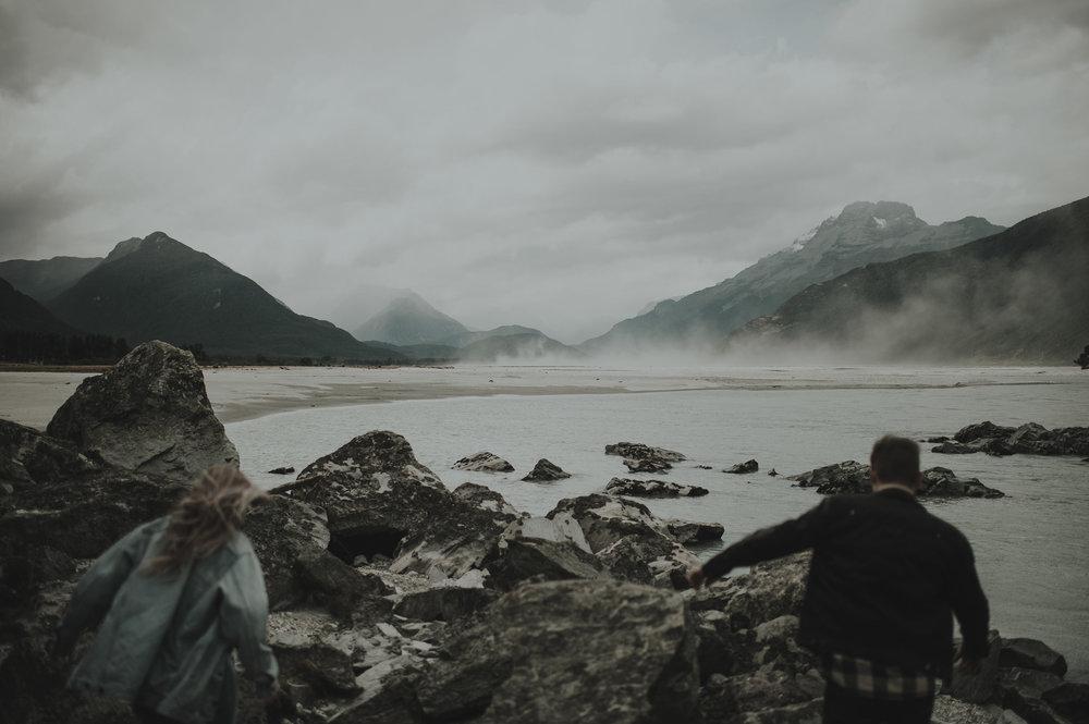 Katie_Hamish_Glenorchy_New_Zealand_Couple_Shoot-4.jpg