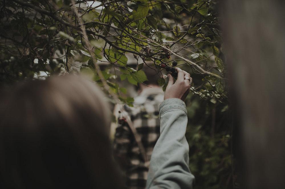 Katie_Hamish_Glenorchy_New_Zealand_Couple_Shoot-23.jpg