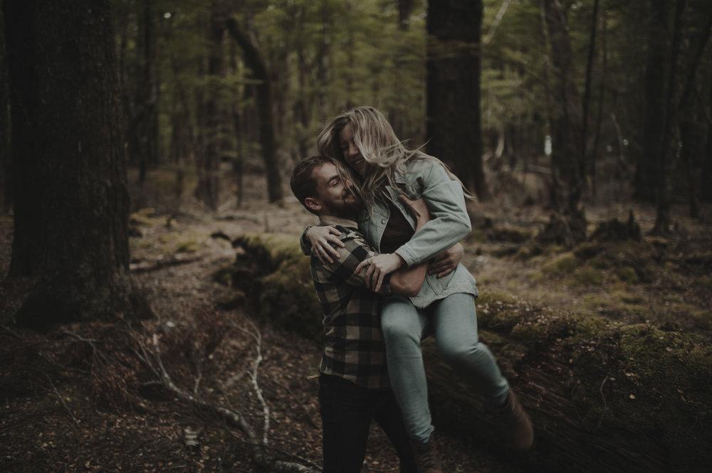 Katie_Hamish_Glenorchy_New_Zealand_Couple_Shoot-42.jpg