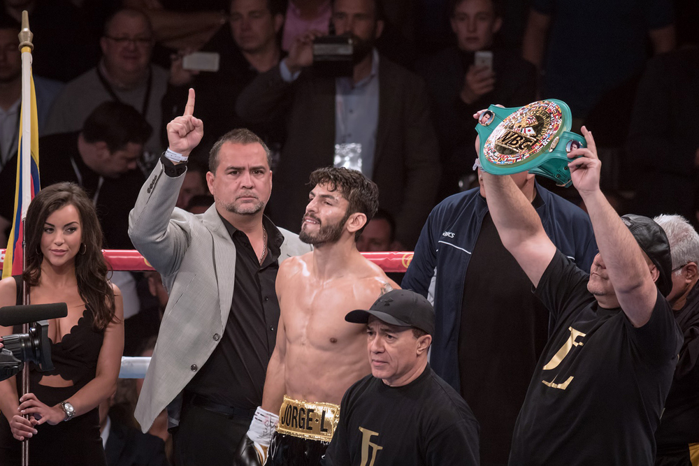 Jorge Linares retains WBC Lightweight Title.jpg