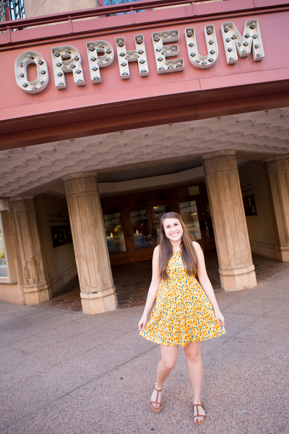 senior-photography-downtown-phoenix-orpheum-theatre-twirl