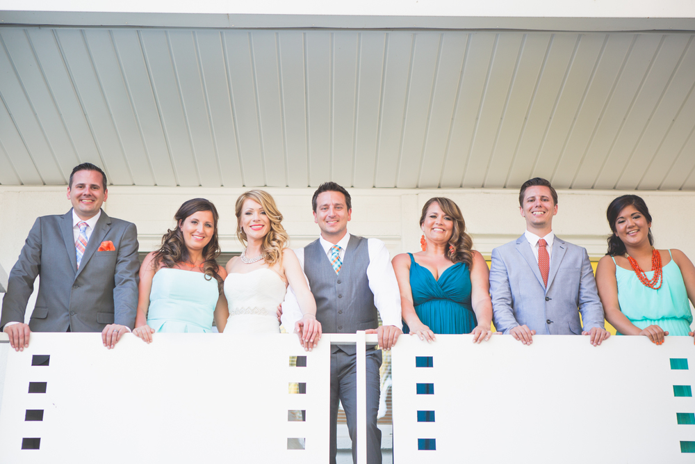 scottsdale-wedding-photographer-el-dorado-bride-groom-siblings-balcony