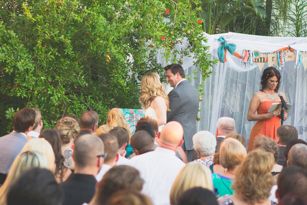 scottsdale-wedding-photograhy-paint-ceremony-cool