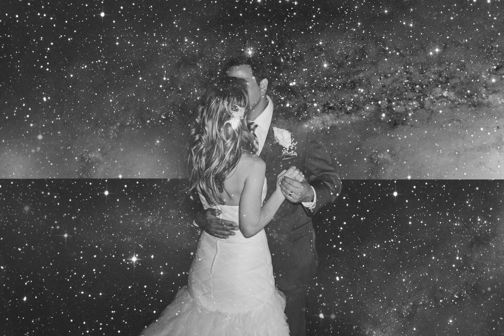 phoenix-ax-wedding-photographer-aaron-kes-bride-groom-first-dance-stars