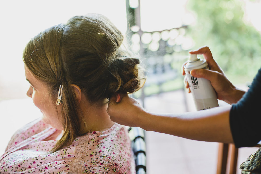bride-getting-hairsprayed