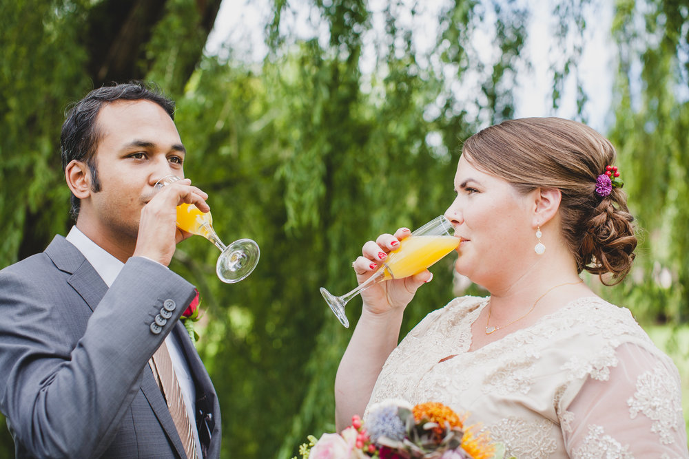 bride-and-groom-post-ceremony-cheers