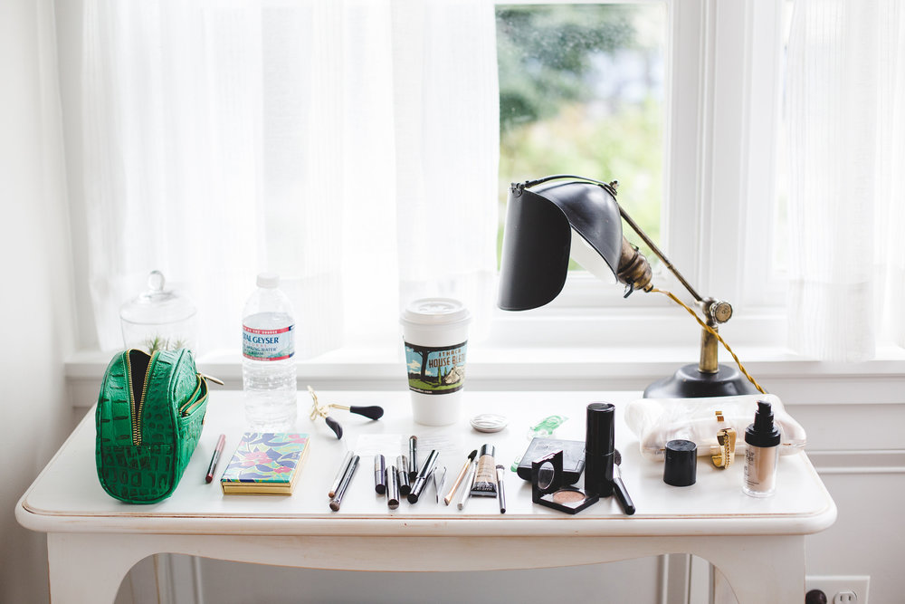 makeup-table-tiffany-bridal-party-getting-ready