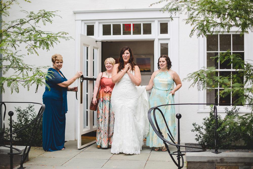 surprised-bride-sees-gto-wedding-car-ny