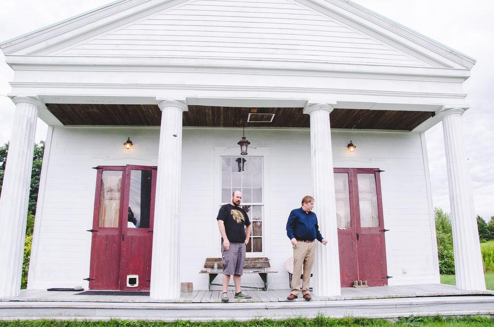 groom-waterburg-chapel-new-york