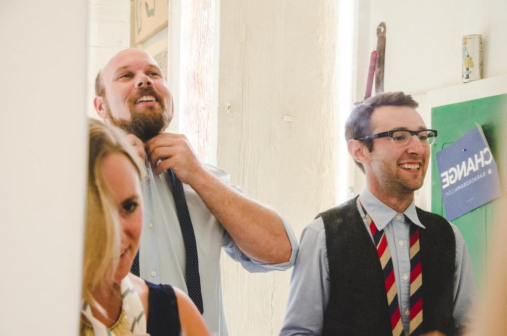 groomsmen-putting-on-ties-roy