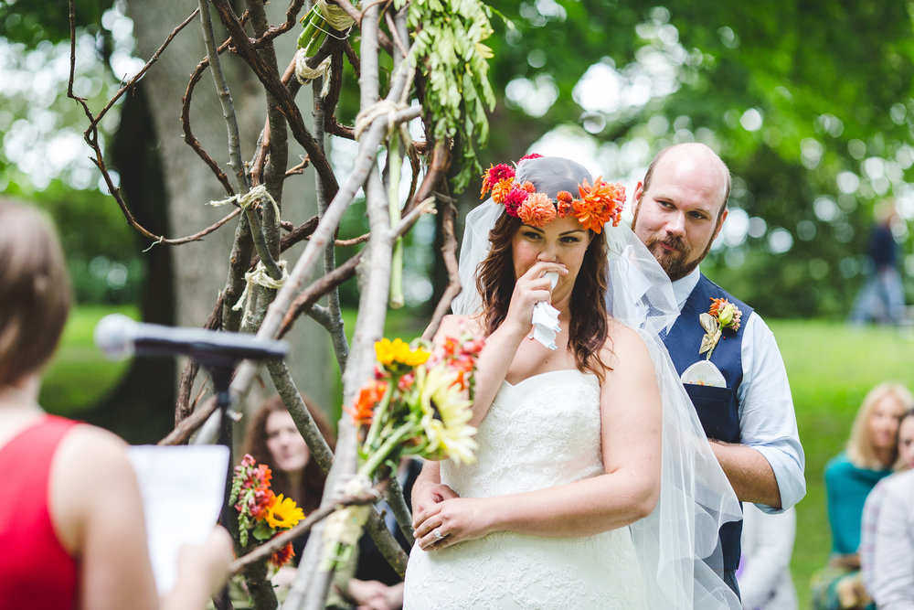 bride-choked-up-at-wedding-speech-tiffany