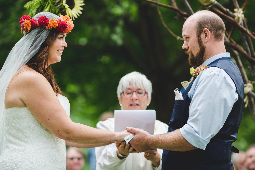 hand-tying-ceremony-ny-wedding-smiles-tr