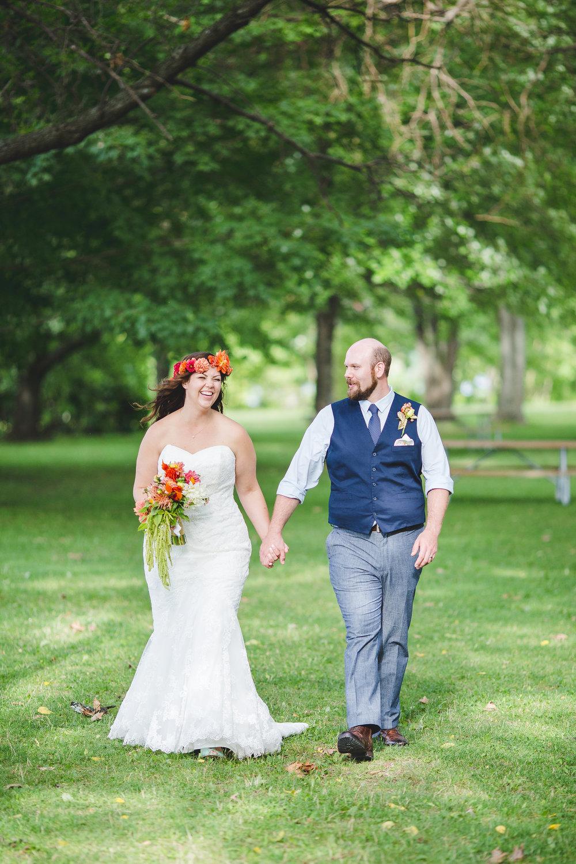 bride-groom-trees-ithaca-sunny-tr