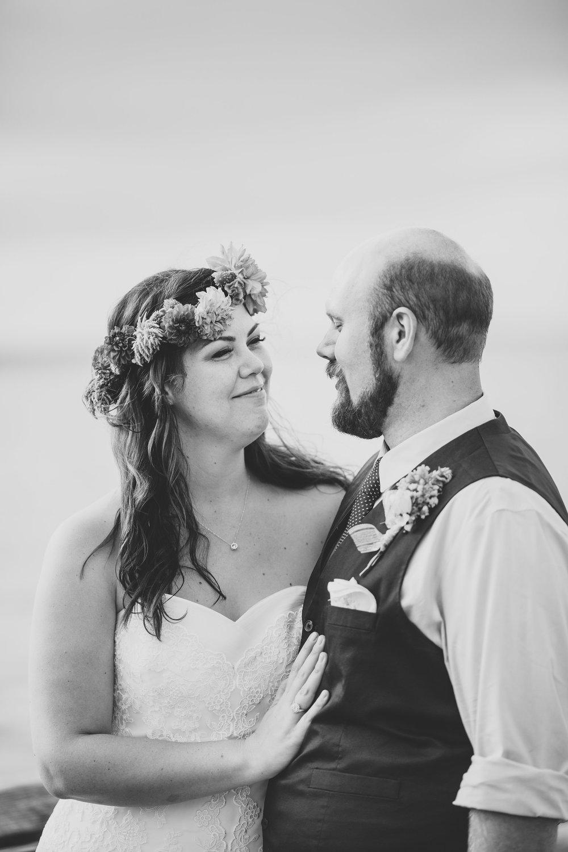 bride-groom-bw-portrait-pier-tr