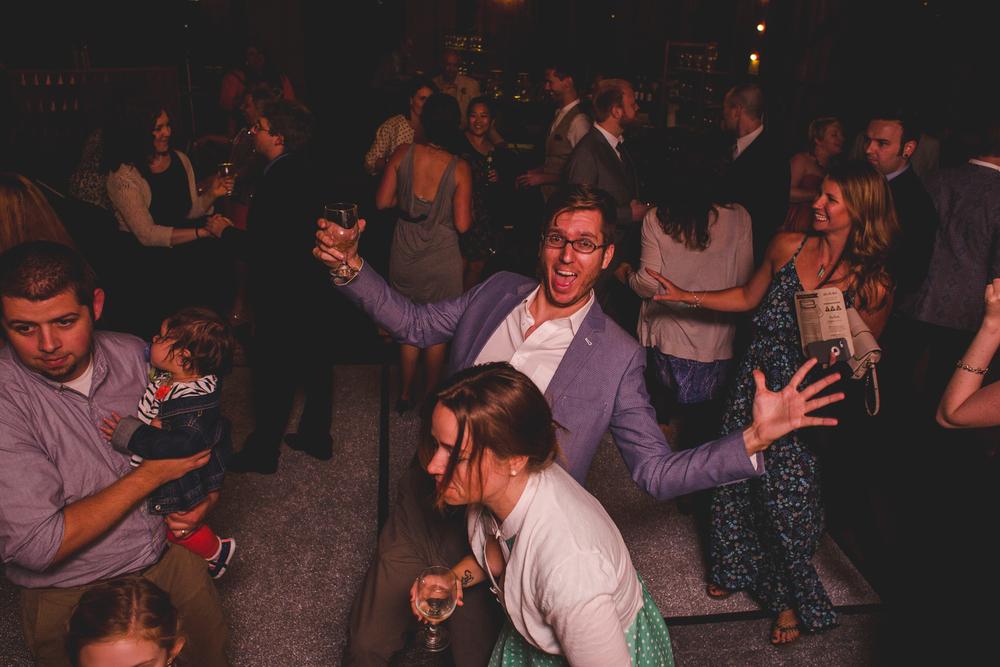 wedding-guest-zany-on-dance-floor-tr
