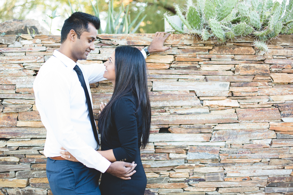vic-biju-botanical-garden-engagement-shoot