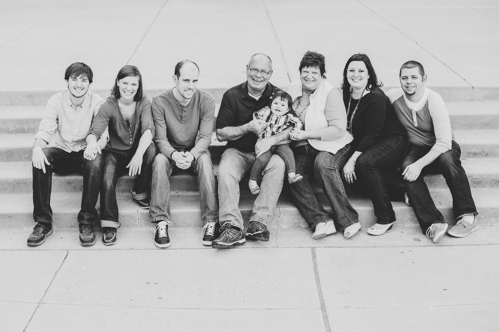 phoenix az family photographer beatty family bw group shot