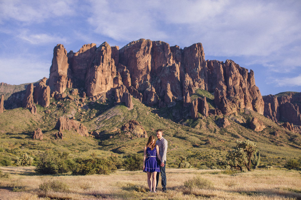 superstition-mountains-engagement-session
