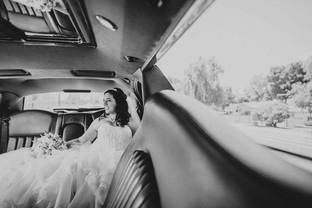 bride-in-limo-portrait-black-and-white