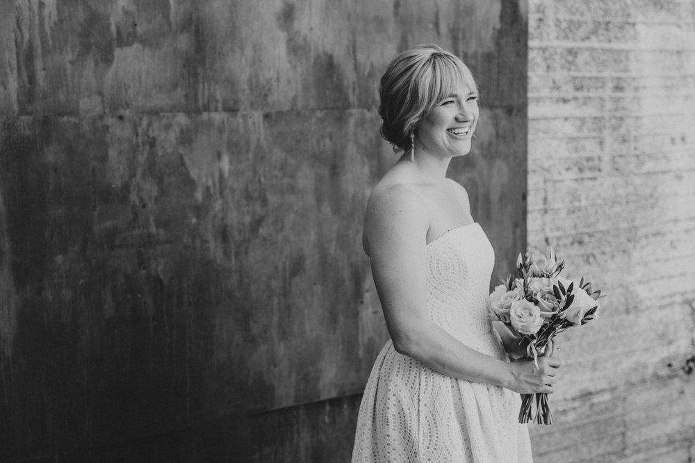 bridal-portrait-black-and-white